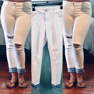 NEW York & Company boyfriend jeans
